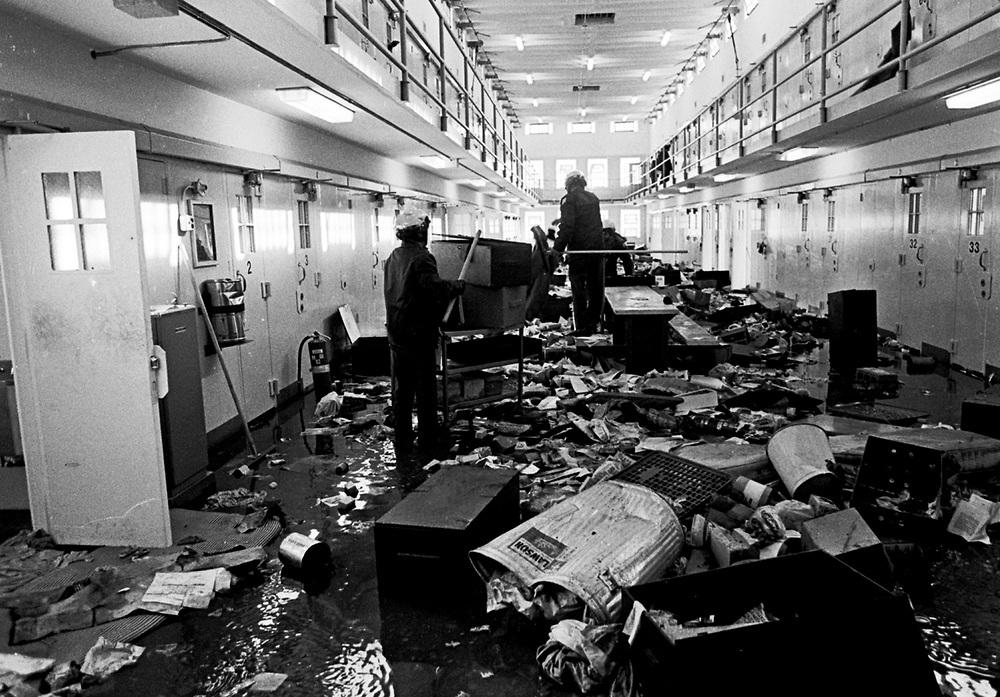 NEW-MEXICO-PRISON-RIOT-1980